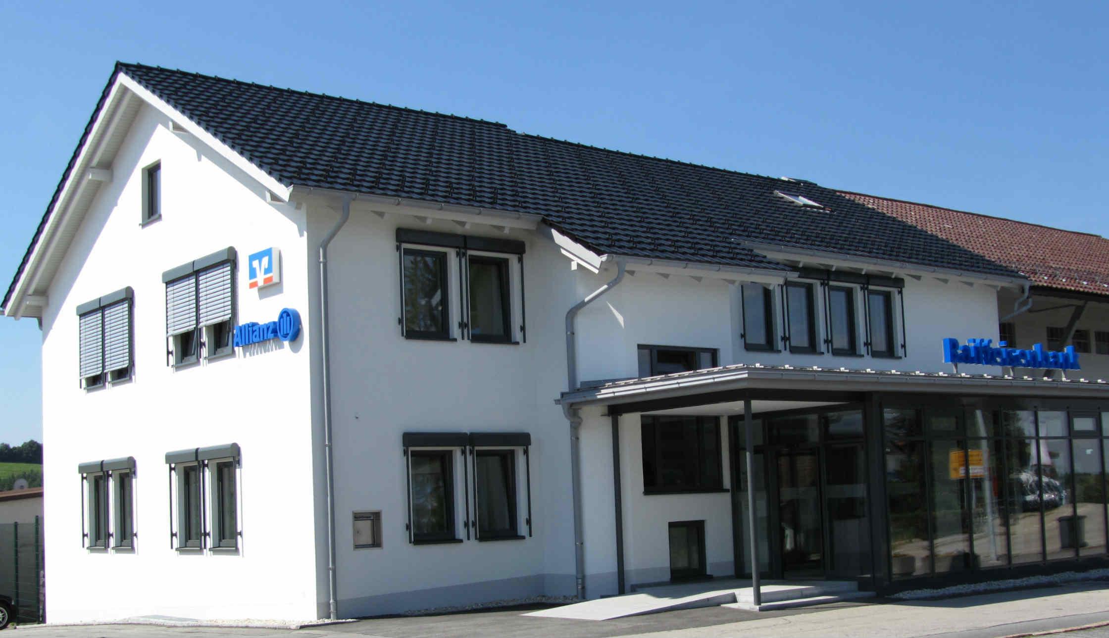 Unsere Ansprechpartner Geschäftsstelle Jandelsbrunn, Hauptstr. 5, 94118 Jandelsbrunn